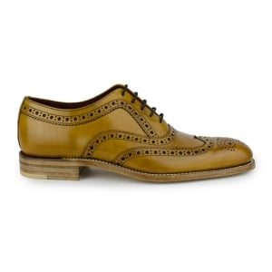 Loake Fearnley Shoes in Tan