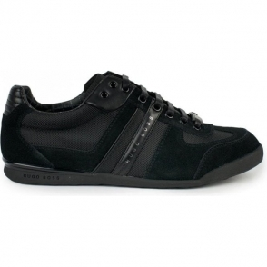 Akeen Trainers in Black
