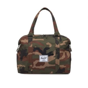 Stand Duffle Changing Bag in Camo